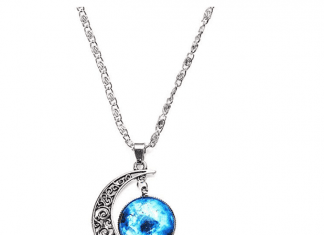 Luvalti 44Galaxy & Crescent Cosmic Moon Pendant Necklace Review